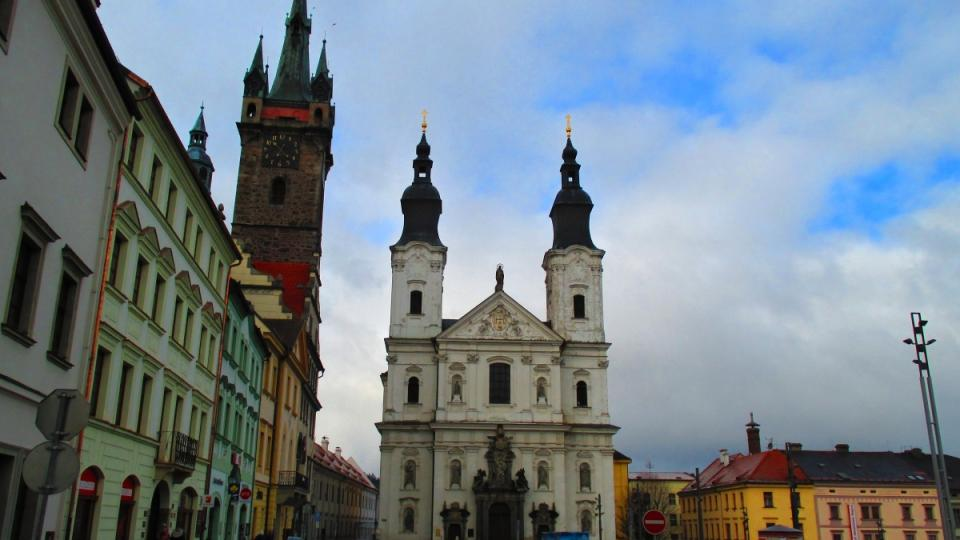 Klatovské náměstí spolu s kostelem
