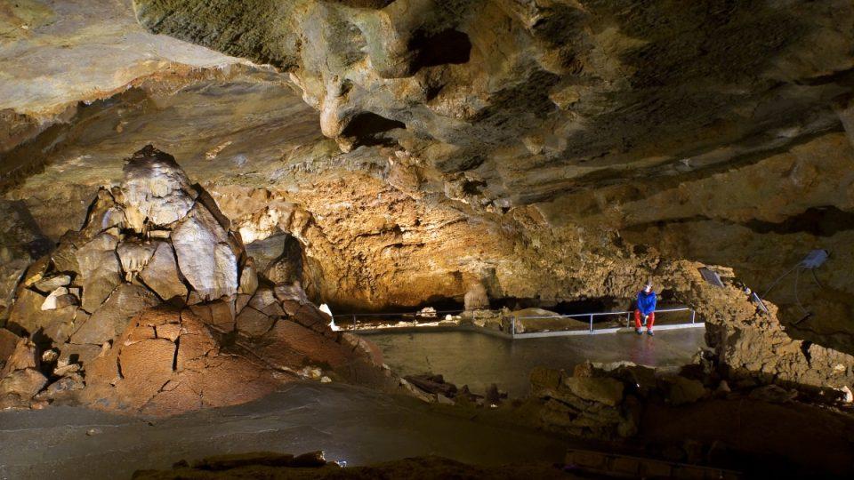 Proškův dóm - největší stalagmit v Čechách