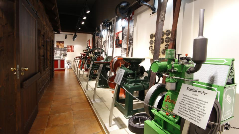 Expozice strojů nabízí i několik unikátů