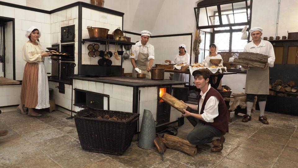 Zámek Žleby se pyšní jednou z nejkrásnějších zámeckých kuchyní