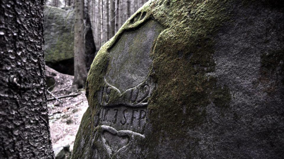 Kamenný erb