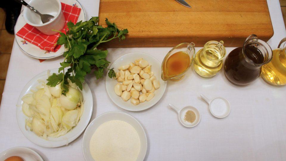 Ingredience na středočeskou cibulačku seženete po celý rok