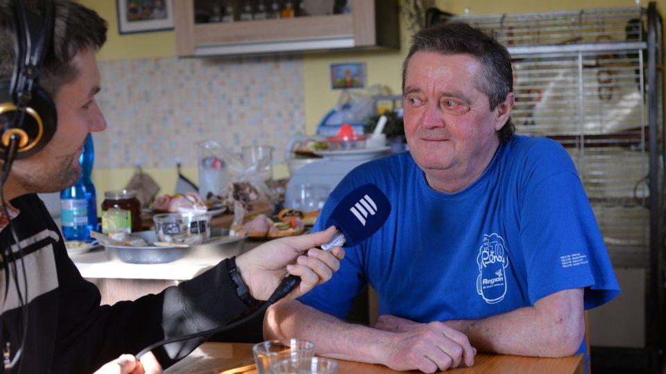 Josef Hájek v zajetí otázek Patrika Rozehnala