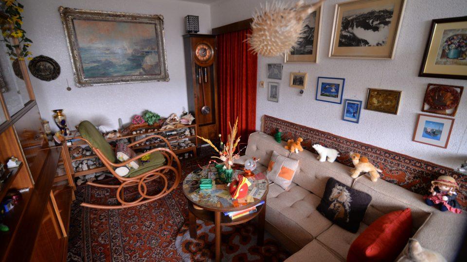 Domov Hany Auerové je plný exponátů z cest po světě
