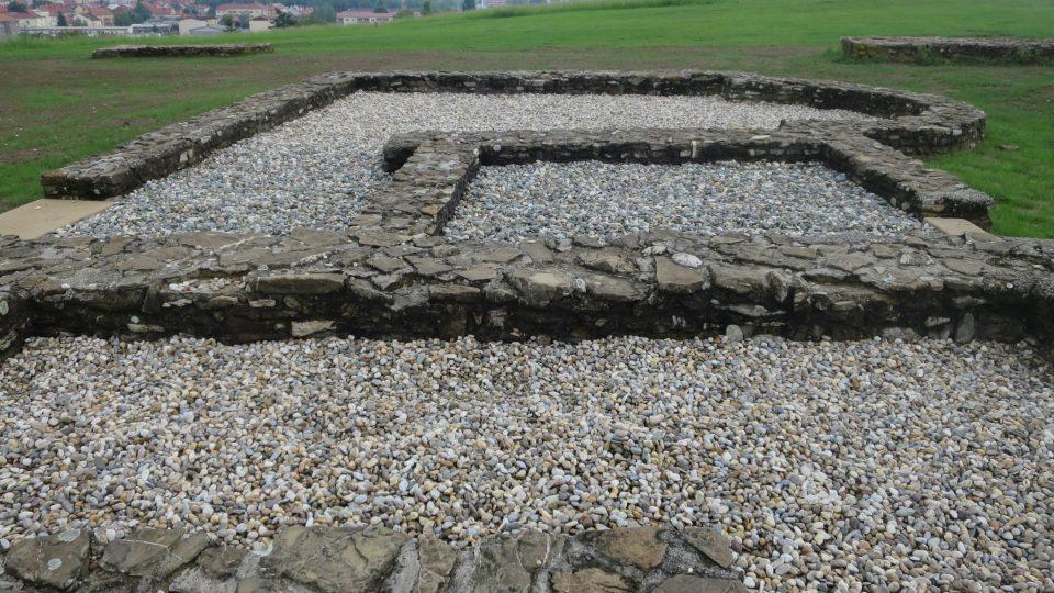 Archeologové na výšině objevili velkomoravský kostel a celý církevní areál