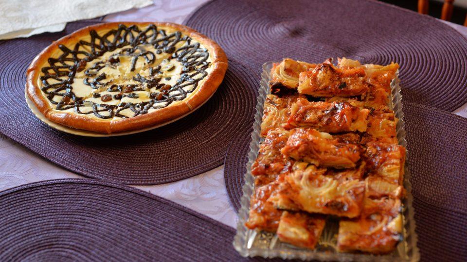 Tým Pochoutkového roku ochutnal merhované chodské koláče i speciální domácí pizzu s olomouckými tvarůžky