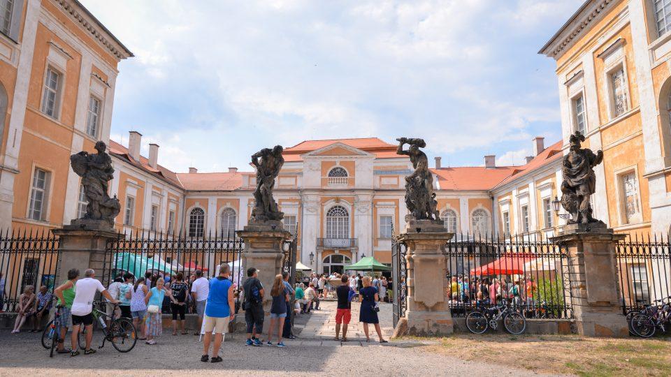 Hradozámecké léto na zámku Duchcov